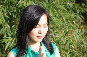 yiye zhang, intuitive coach, spirit guide, help lightworker become heart-based entrepreneur, attract financial wealth fast